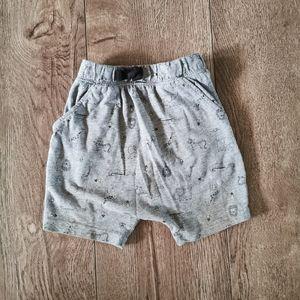 3/$12 George safari shorts 12-18 M